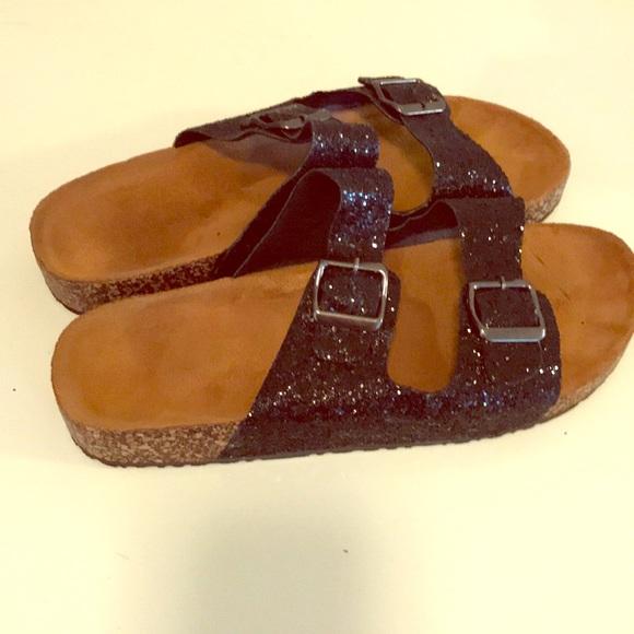 84e82ceb54d Birkenstock style black glitter sandals. M 5b232b9fde6f62fe8b205a6f